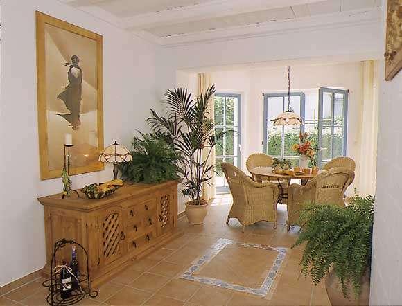 wohnzimmer mit erker und terra bildergalerie ferienwohnung k hlungsborn ostsee ferienhaus 3. Black Bedroom Furniture Sets. Home Design Ideas