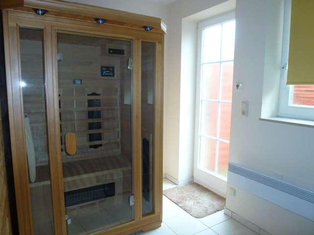 infrarotkabine bildergalerie ferienhaus mit sauna und whirlpool zingst ostsee fischland dar. Black Bedroom Furniture Sets. Home Design Ideas