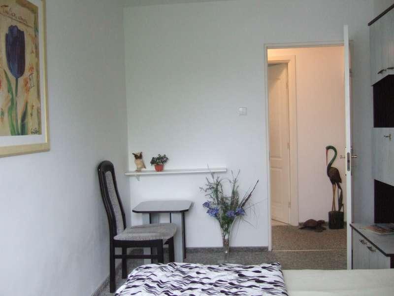 schlafzimmer klein bildergalerie polen ostsee strandnahe ferienwohnung kolberg polnische. Black Bedroom Furniture Sets. Home Design Ideas