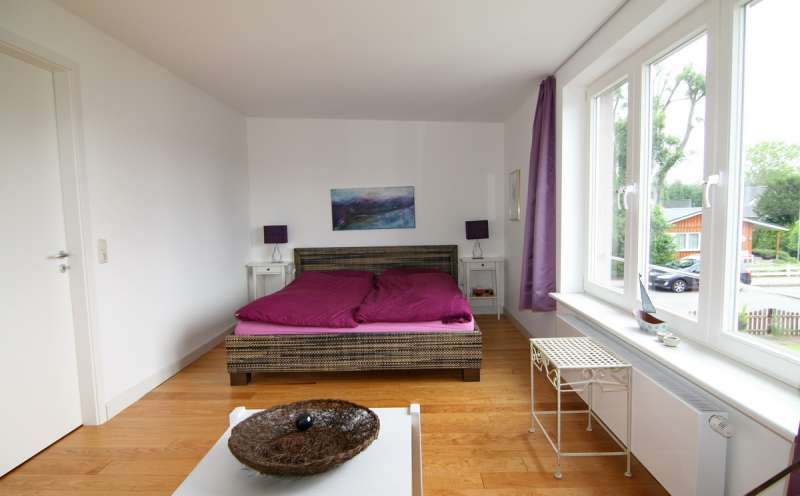 abbildungen ferienhaus schlafzimmer og wohnraum küche schlafzimmer ...