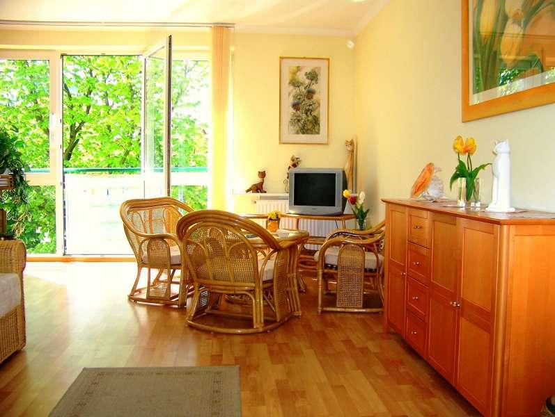 ferienwohnung kolberg ostsee kolberg am hafen 80m vom strand polnische ostseek ste. Black Bedroom Furniture Sets. Home Design Ideas