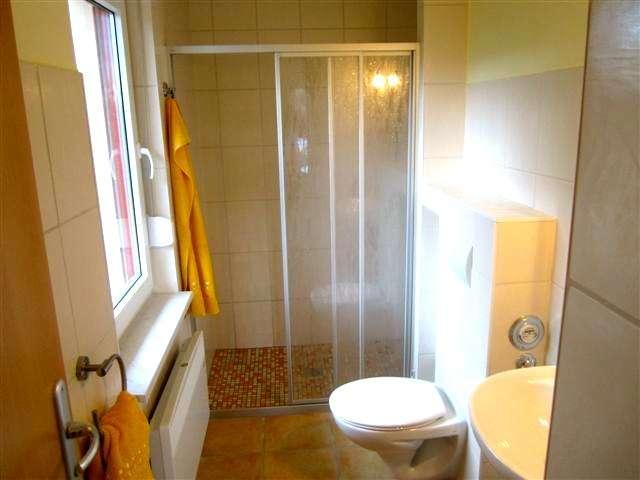 Badezimmer bildergalerie ferienhaus f r zwei personen for Badezimmer bildergalerie