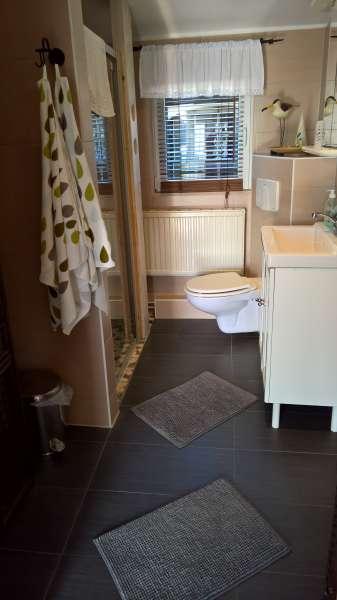 Bad mit dusche bildergalerie ferienhaus ostsee insel for Dusche bildergalerie
