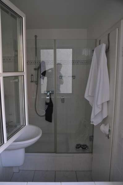 badezimmer mit dusche bildergalerie timmendorfer strand ferienwohnungen am meer sun l becker. Black Bedroom Furniture Sets. Home Design Ideas