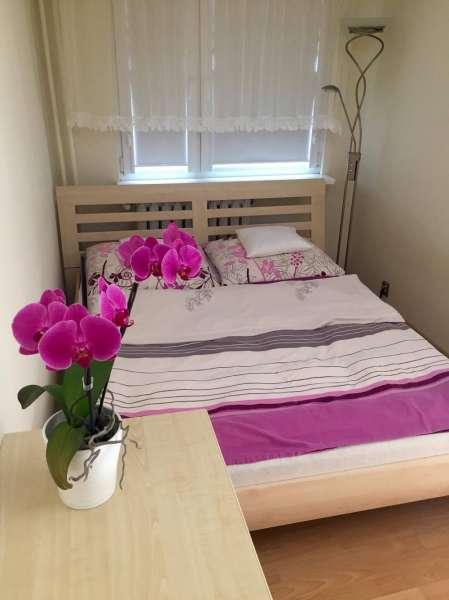 schlafzimmer bett x bildergalerie fewo polnische ostsee darlowo ferienwohnungen. Black Bedroom Furniture Sets. Home Design Ideas