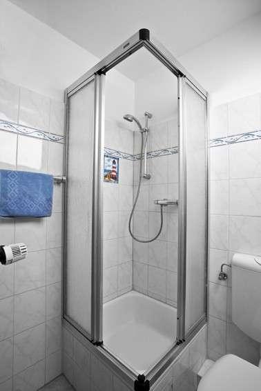 Dusche bildergalerie ferienobjekt ostsee timmendorfer for Dusche bildergalerie