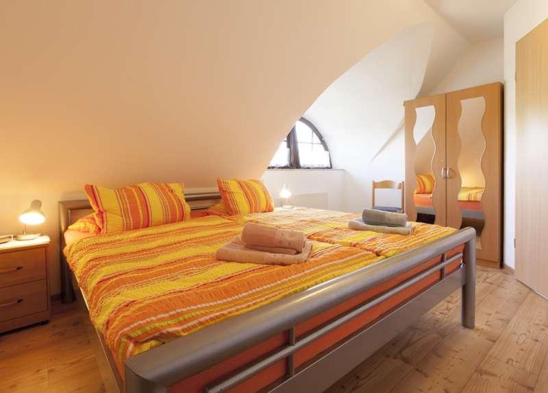ferienhaus gro zicker gager ferienhaus ostsee gro zicker ferienwohnung r gen insel. Black Bedroom Furniture Sets. Home Design Ideas