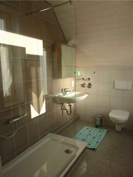 Duschbad mit walk in dusche bildergalerie k hlungsborn for Dusche bildergalerie