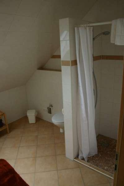 Badezimmer bildergalerie ferienwohnungen ostsee femarn for Badezimmer bildergalerie