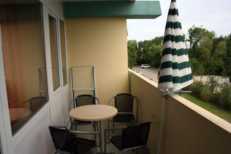 balkon loggia bildergalerie ostsee ferienwohnung sch nberg fewo foe220 schleswig holstein kueste. Black Bedroom Furniture Sets. Home Design Ideas