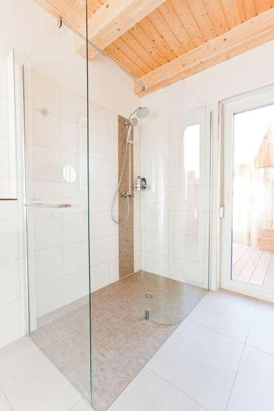 Die walk in dusche bildergalerie ostsee ferienhaus mit for Dusche bildergalerie