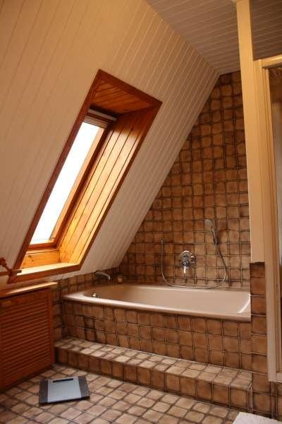 badezimmer ii badewanne bildergalerie ferienhaus ferienwohnung schlei und ostsee 70m. Black Bedroom Furniture Sets. Home Design Ideas