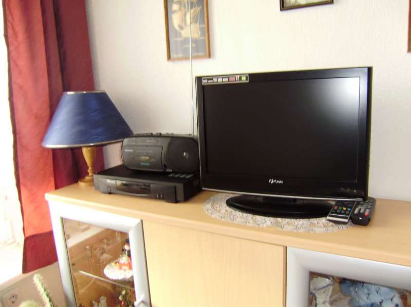 LCD TV inkl. SAT-Receiver
