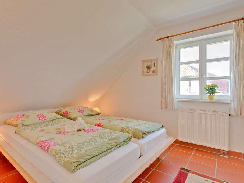 Schlafzimmer - Bildergalerie: Rügen Dranske Ostsee Ferienwohnung ...