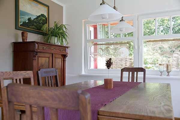 essen in der veranda bildergalerie ostsee ferienhaus in. Black Bedroom Furniture Sets. Home Design Ideas