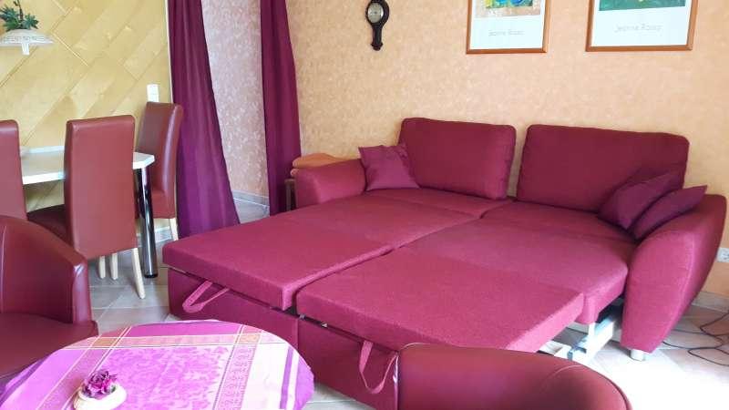 Schlafcouch m bildergalerie ferienwohnung for Schlafsofa 1 80x2 00