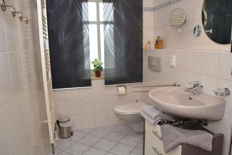 Badezimmer bildergalerie ferienwohnung usedom ahlbeck for Badezimmer bildergalerie