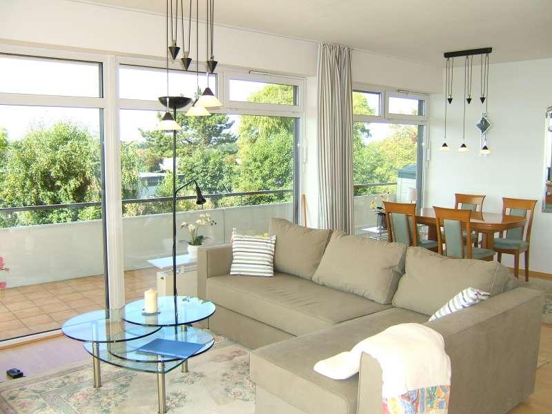 wohnzimmer mit essbereich bildergalerie ostsee l becker bucht fewo ferienwohnung schleswig. Black Bedroom Furniture Sets. Home Design Ideas